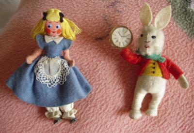 Alice in Wonderland & White Rabbit