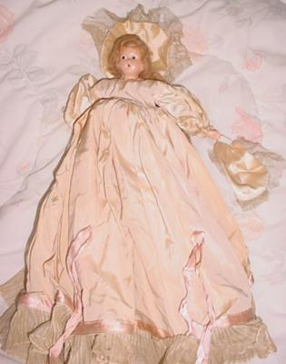 frint of doll