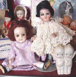 dump dolls group