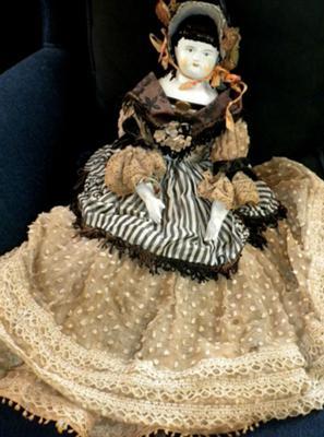HJ 5B marked china head doll