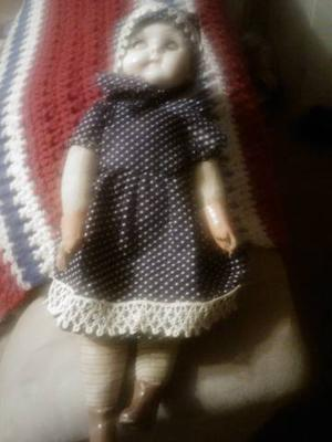 My aunts doll, I cannot find any number on it.