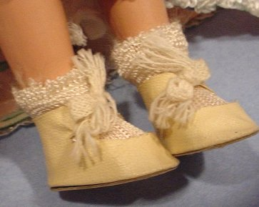 Dream World doll shoes