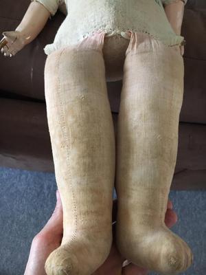 Leg/torso detail