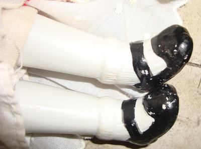 PIC 4 / DOLL 1 PAINTED SHOES