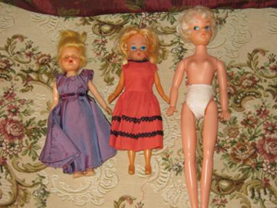 Three vintage fashion dolls